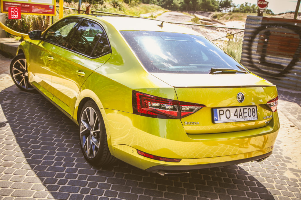 test skoda superb sportline dodechy podcast